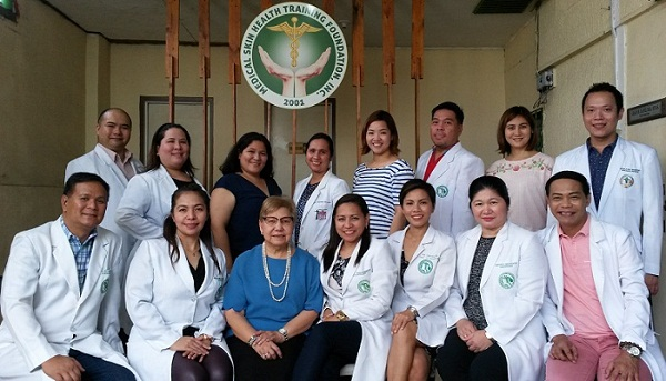 Dr. Paz H. Diaz (seated in blue) with the participants of the Certificate Course, namely, Grace M. Lopez, MD; Ana Liza L. Ong, MD; Evalyn M. Irasusta, MD; Charmaine Dawn A. Gonzales, MD; Kristian Jason B. Inocentes, MD; Manrico Kit C. Cruz, MD; Fatima I. Ilano, MD; Romel E. Jarabelo, MD; Ma. Carmelita G. Vergara, MD; Arlyn P. Lu, MD; Angela V. Gomez, MD; Marlon B. Ulit, MD; Celine Aura S. Fider, MD; Romeo D. Dolar, Jr. MD; and, Avegeille T. Panganiban-Corales, MD
